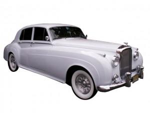 Fully Restored Antique Bentley (3 Passengers)